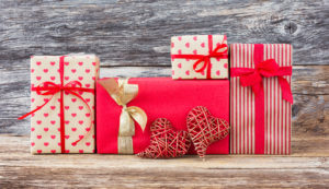 Valentine's Day Gift Guide For The Heart Healthy Techie